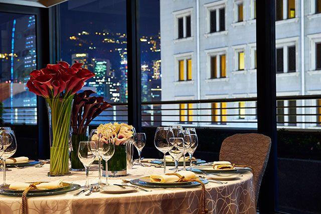 14 Luxurious Ballrooms in Hong Kong | Wedding Venue | Reception | Ceremony | Honeymoon Destination | http://brideandbreakfast.hk/2016/10/20/14-luxurious-ballrooms-in-hong-kong/