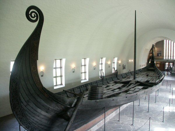 10 best images about Viking long ship school project on Pinterest ...