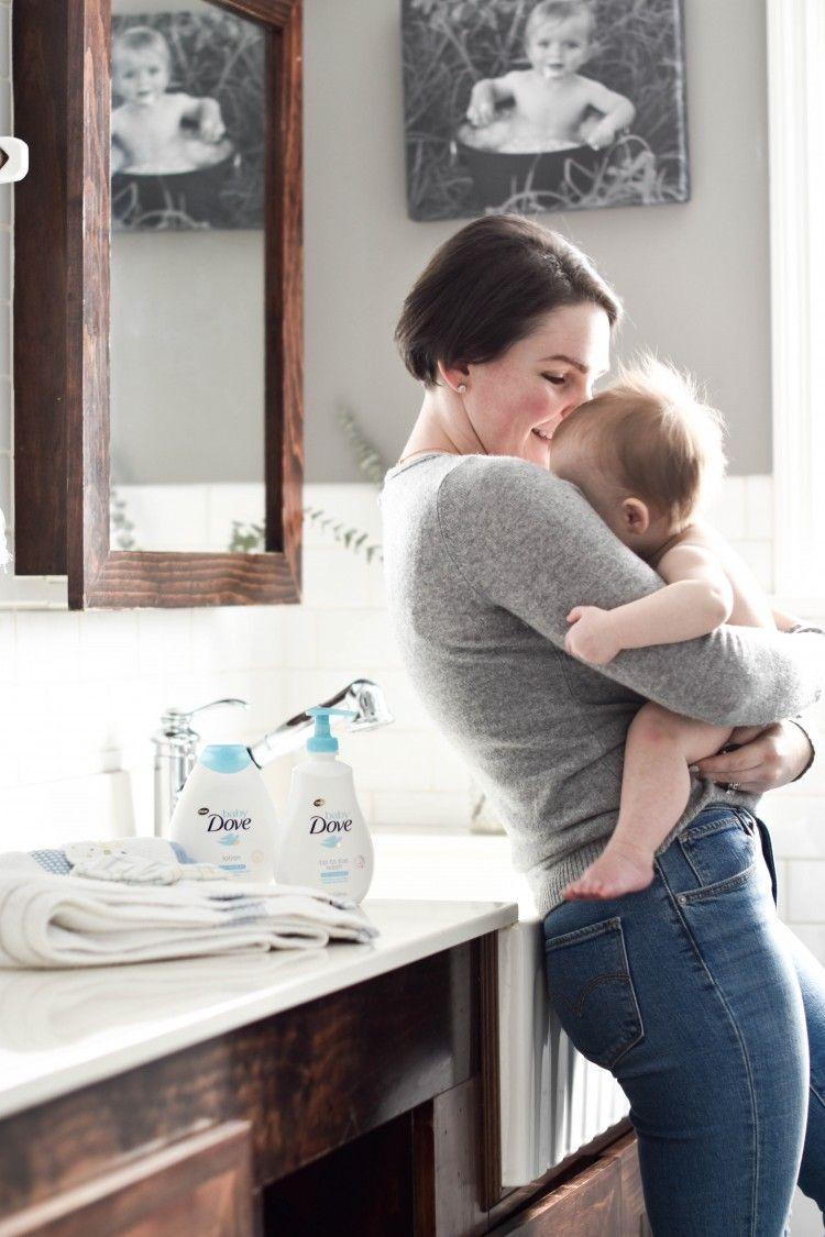 Baby Bath Time Q&A - How to Bathe A Baby Like a Boss | Baby bath ...