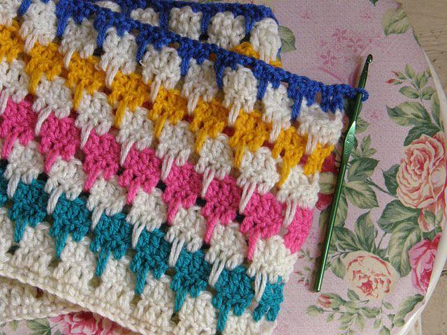 Crochet pattern for Larksfoot Blanket/Arcade Blanket. Courtesy of ...