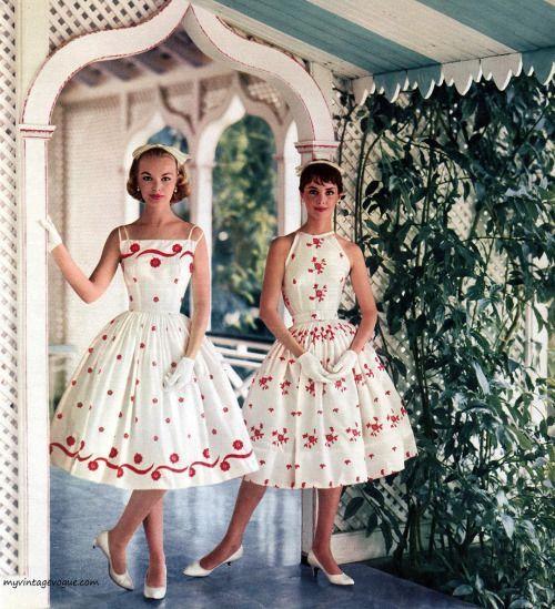 50s summer sundress party dress full skirt white red floral models vintage fashi... - Vintage fashi