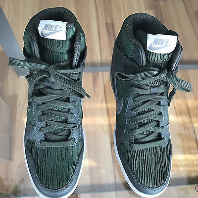 Nike Women s Dunk Sky Hi Size 8.5 Hidden Wedge Sneakers 528899-302 Carbon  Green  14f1f1afd