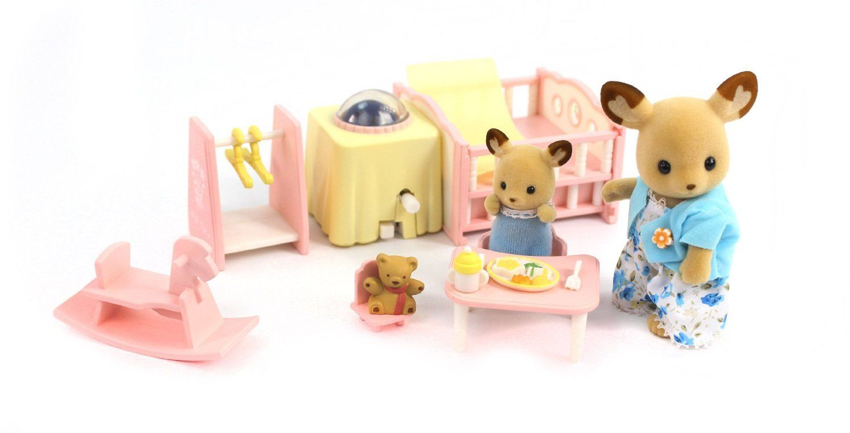 Amazon Com Calico Critters Nightlight Nursery Set Toys Games With Images Nursery Night Light Nursery Set Nursery