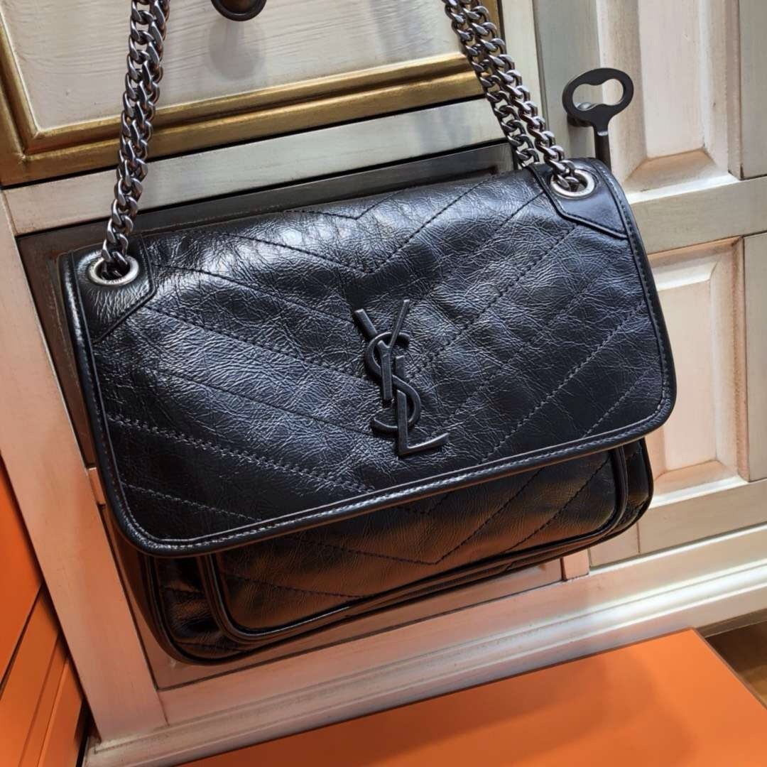 d98ae25747 Saint Laurent MEDIUM NIKI CHAIN BAG IN VINTAGE CRINKLED AND QUILTED ...