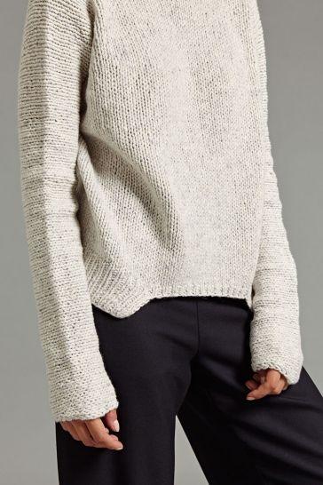 Karo Pullover in White