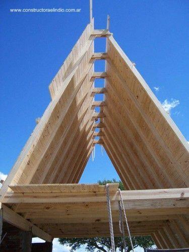 Estructura de madera de casa alpina tipo a frame ideas - Estructura casa madera ...