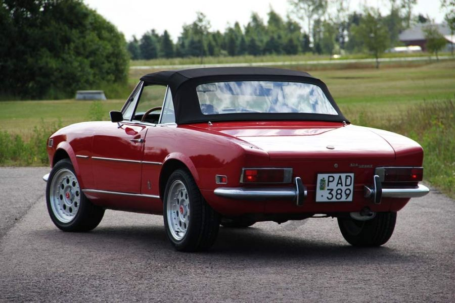 c bristol in aftermarket has fiat interior spider s fitted luggage imports red american this rare manual and all with too rack tan lhd d met genuine car some speed a