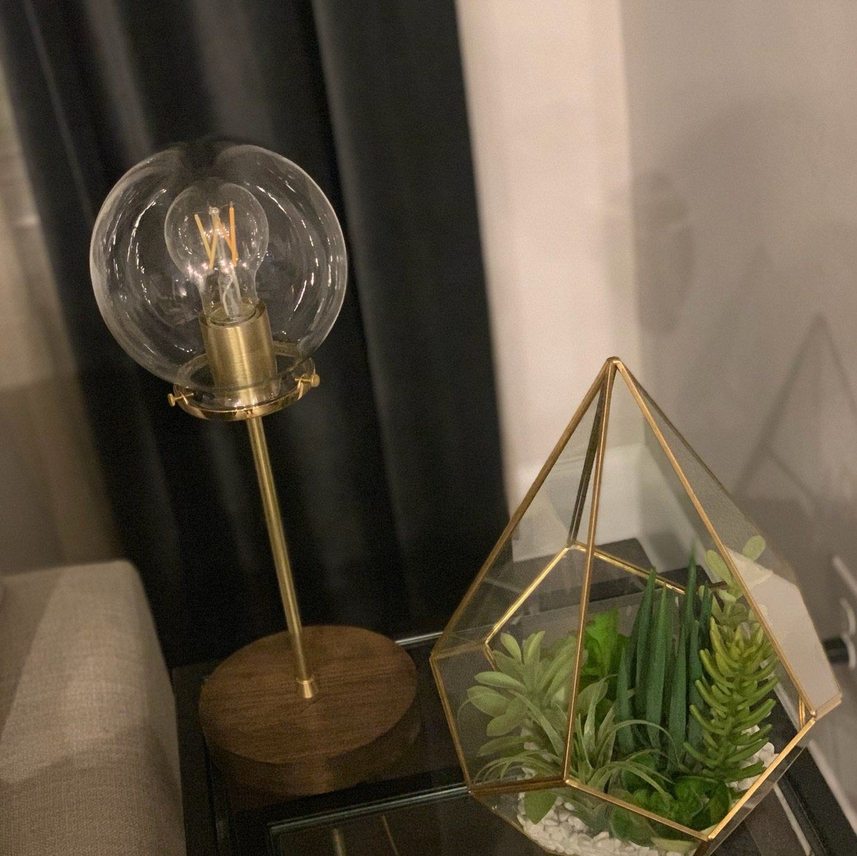 Espiral Mason Jar Chandelier, Accesorio de iluminación colgante rústico, 8 tarros claros, iluminación moderna BootsNGus & home decor, bombillas incluidas #jarchandelier