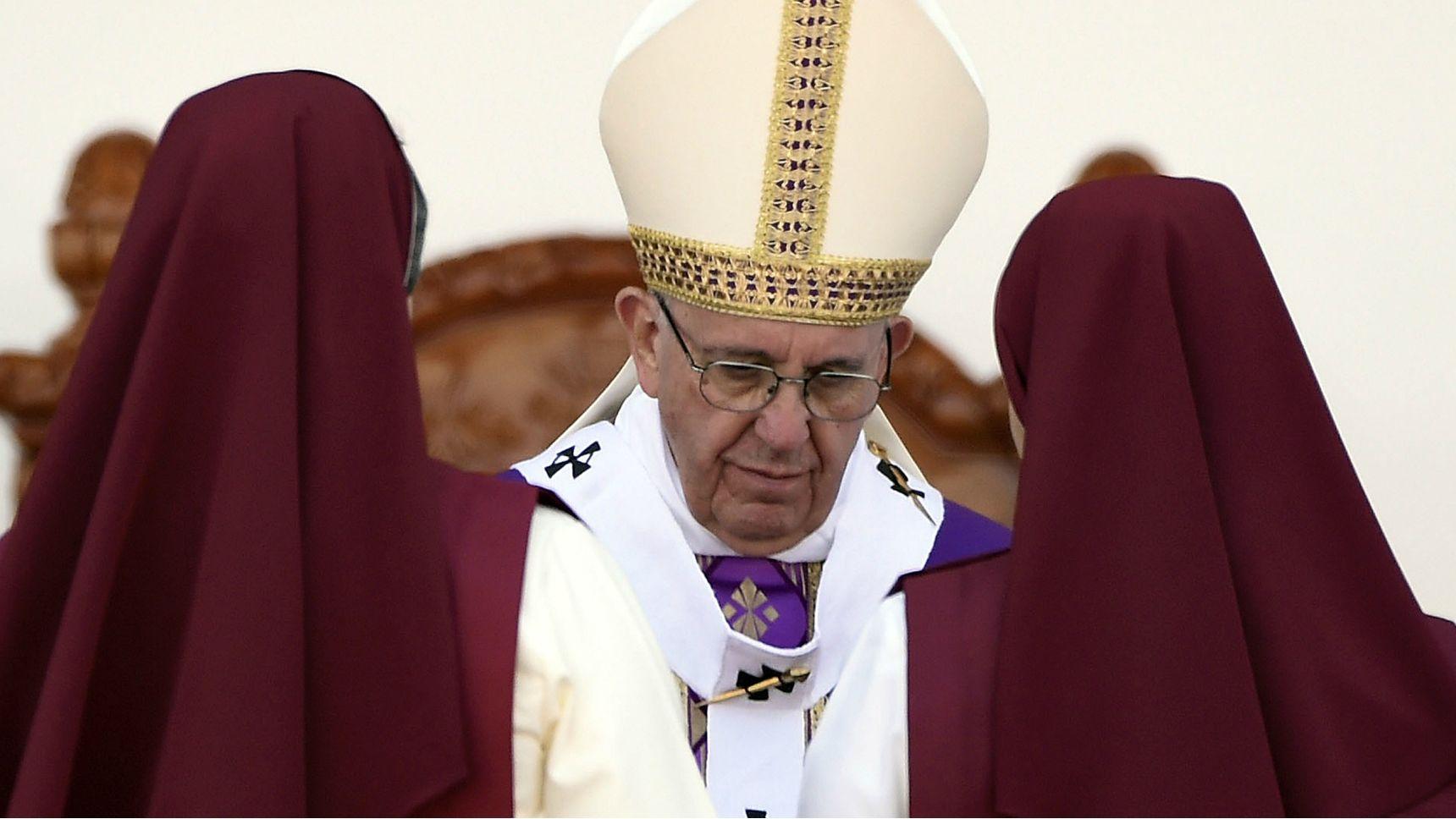 El Sumo Pontífice ofició una misa frente a 20 mil religiosos y seminaristas en el estadio Venustiano Carranza, en Morelia.