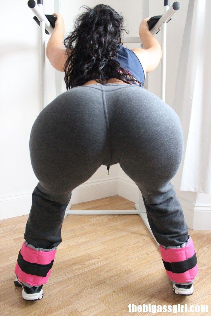 Videos Of Bi Ass Shaking
