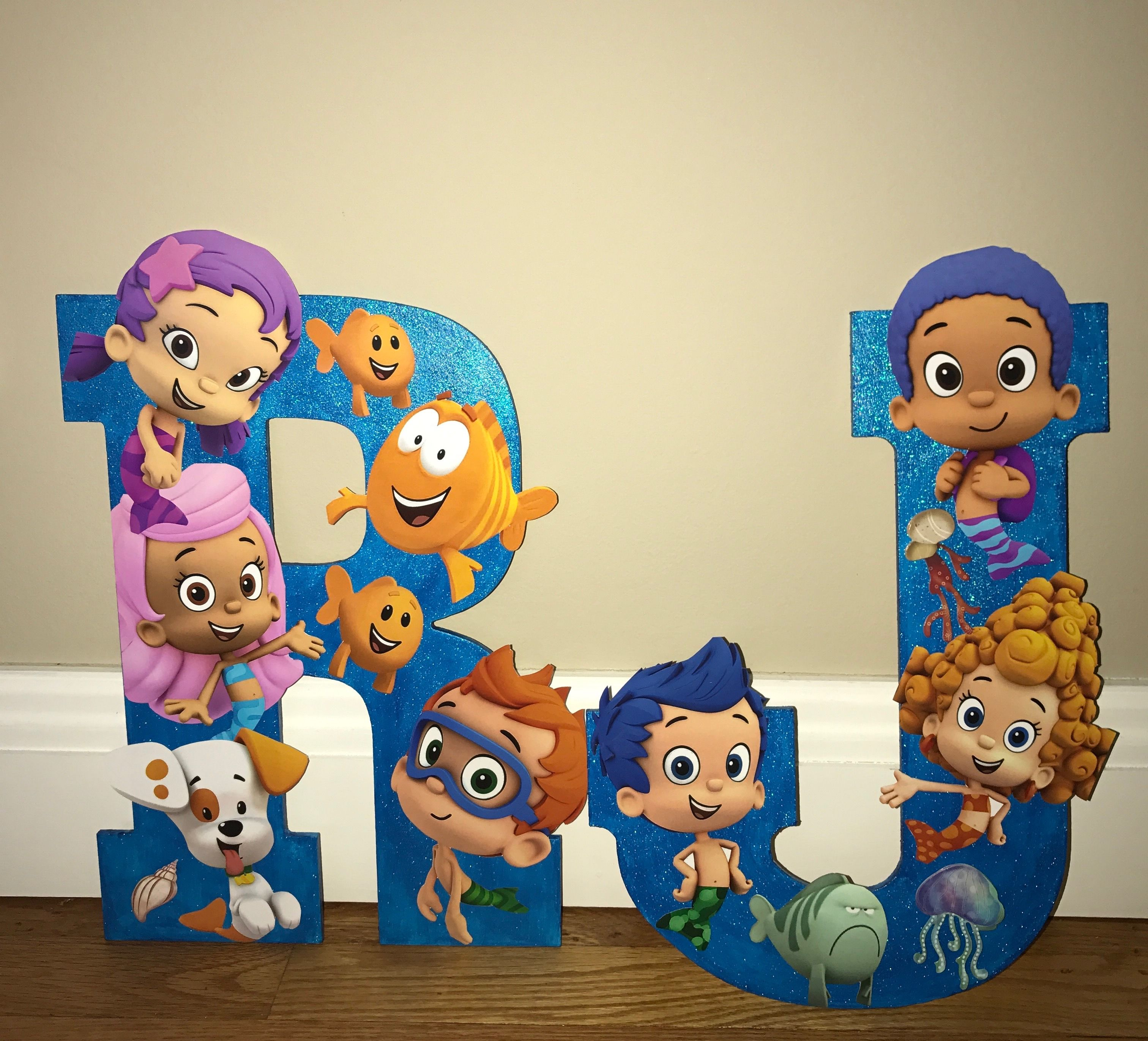 BUBBLE GUPPIES BIRTHDAY PARTY CENTERPIECE FOR CAKE TABLE I\'m not a ...