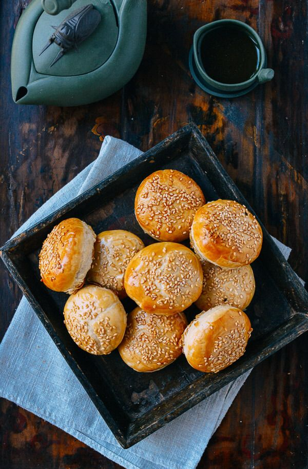 Shanghai savory mooncakes xian rou yue bing recipe dim sum shanghai savory mooncakes xian rou yue bing asian food recipesasian forumfinder Image collections