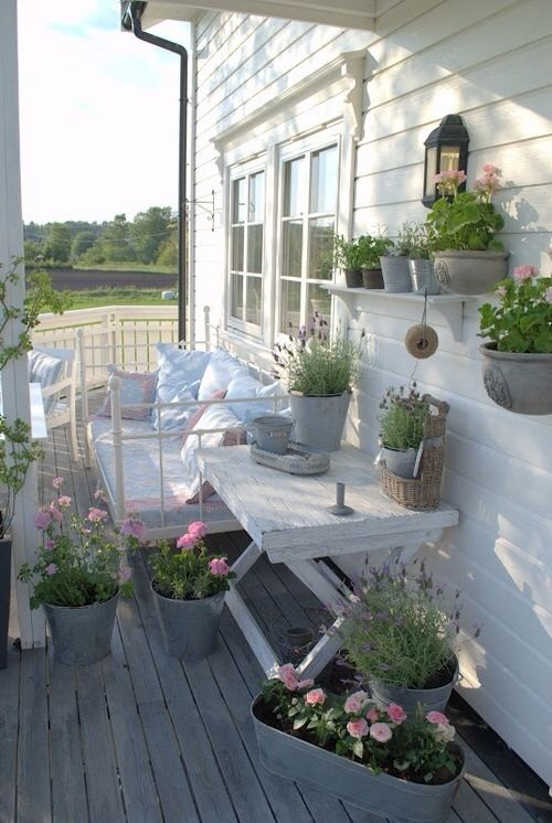 Wunderschone Farben Balkonbepflanzung Shabby Chic Veranda Kleinen Raumgartnerei