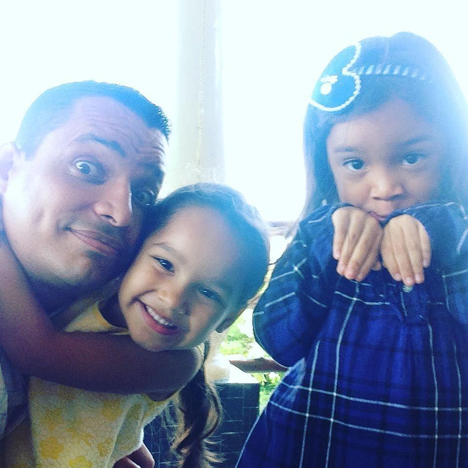 Con dos princesitas ! #amigos #friends