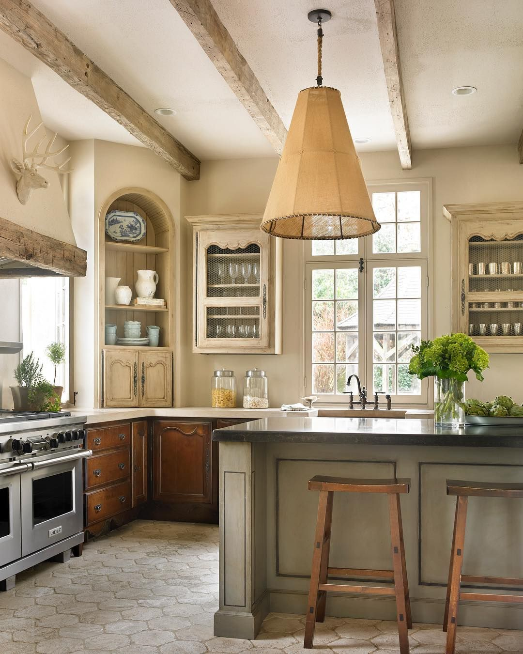 Country French Kitchens: Pin By Tina Tonkin On Design