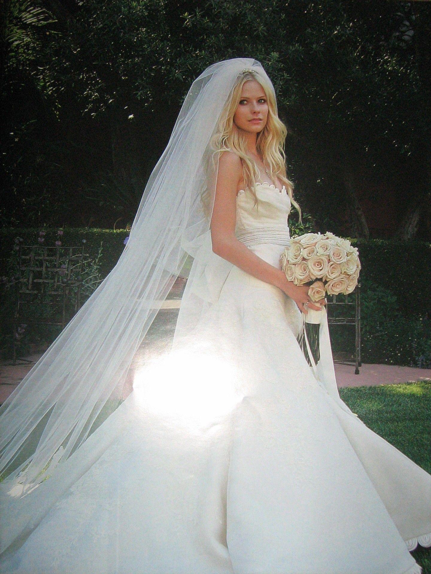Avril Lavigne Wedding Dress Wedding Dresses Long White Wedding Dress Avril Lavigne Bikini