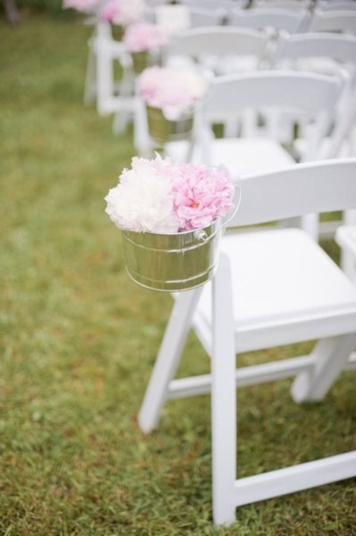 Peonies filled in buckets for wedding aisle decorations | fabmood.com #farmwedding #rusticwedding #weddingideas #weddinginspiration #rustic