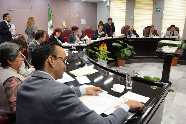 Contextos Regionales: Concede licencia Congreso de Veracruz  a Gerardo B...