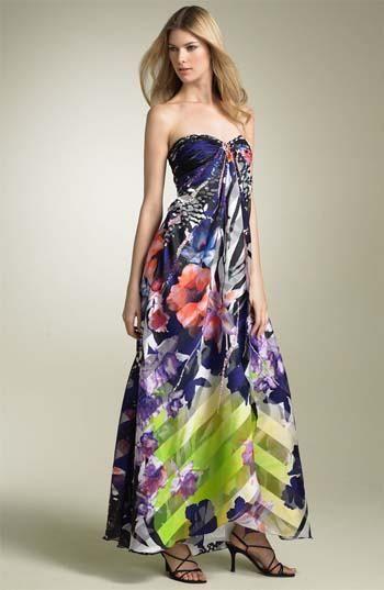 8bb40c4a80f80 Vestidos largos estampados para bodas ¡Tendencias de moda!