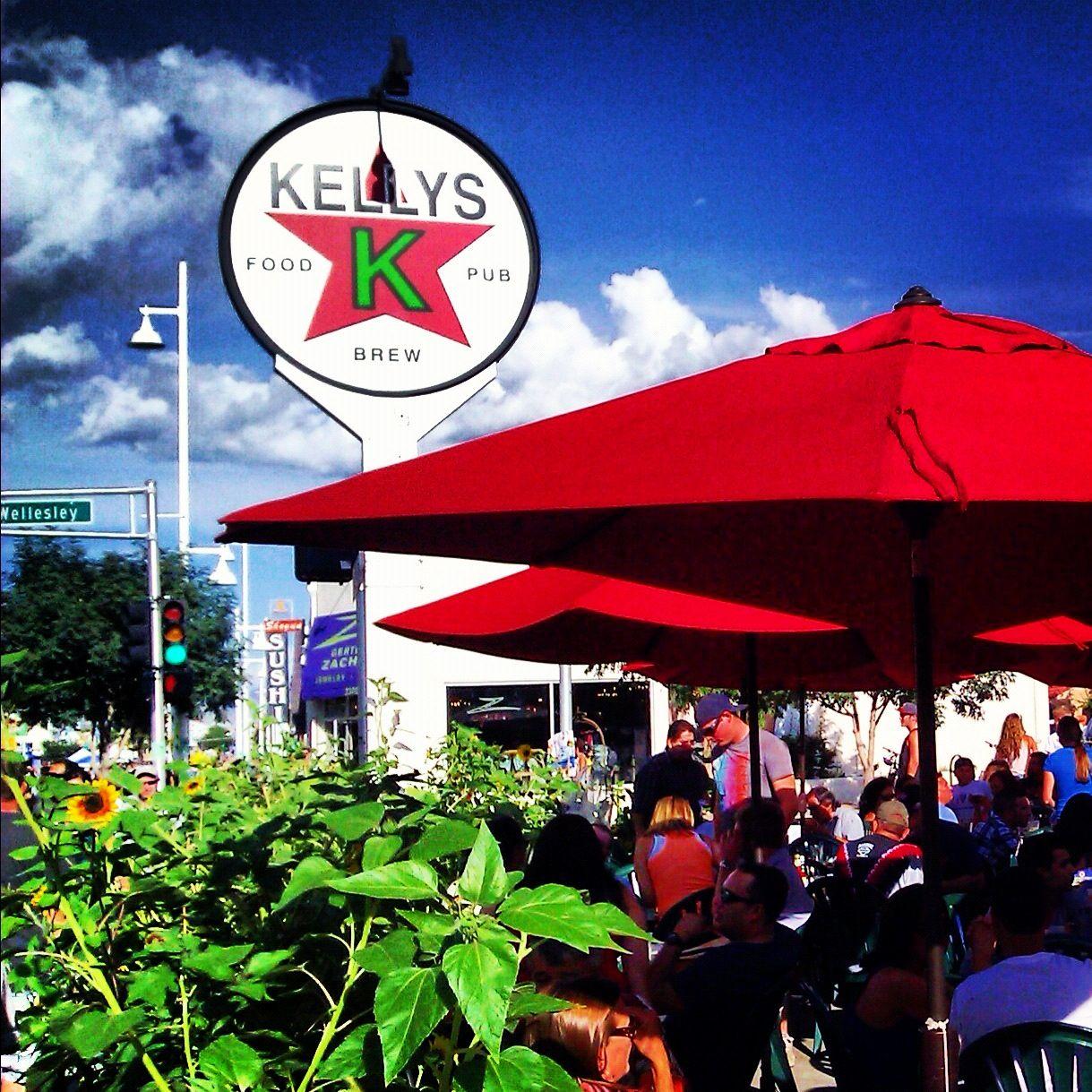 Kelly S Brewpub With Images Brew Pub Brewing Pub