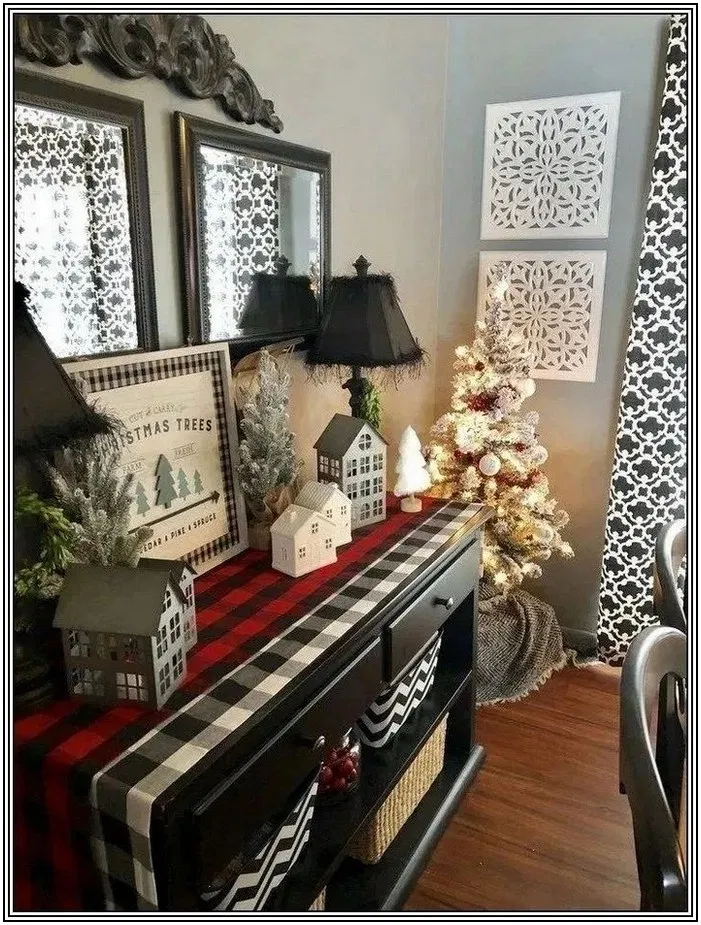 100 Stunning Christmas Decor Ideas With Farmhouse Style For Living Room 17 With Images Christmas Apartment Christmas Decor Diy Christmas Home