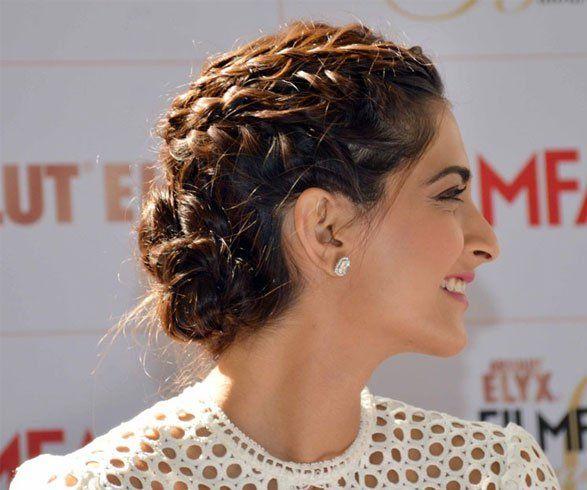 Sonam Kapoor Hairstyles 1 Jpg 587 490 Bridal Hair Buns Indian Hairstyles Diy Hairstyles
