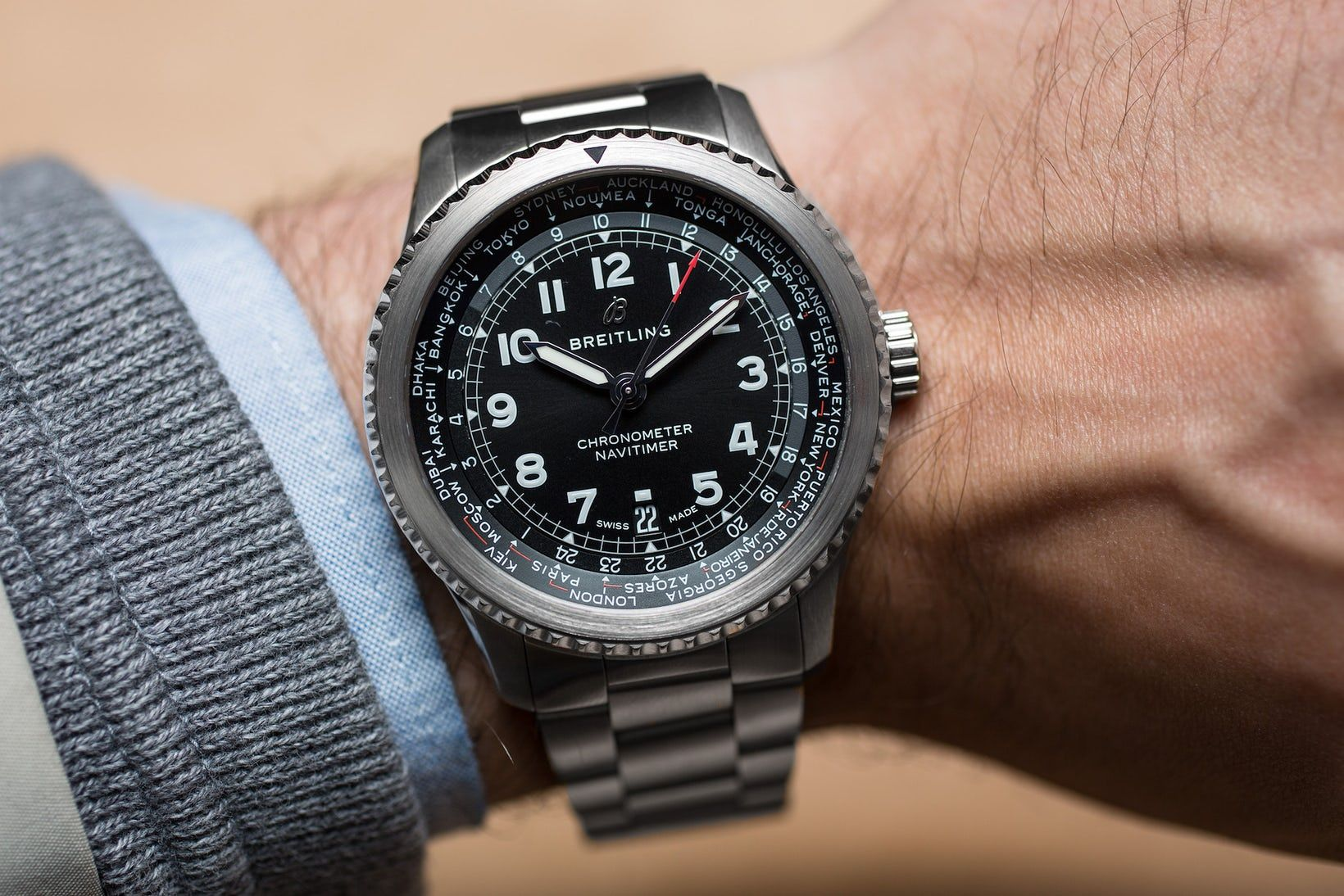 Hands-On: The Breitling Navitimer 8 B35 Automatic Unitime ...
