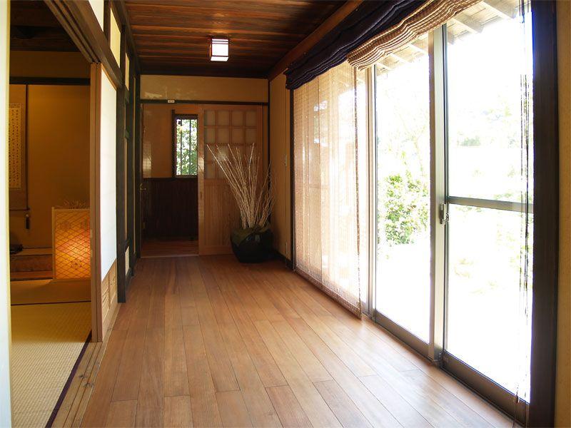 朴���j_松無垢板のゆとりの広縁(画像あり)|モデル住宅,古民家