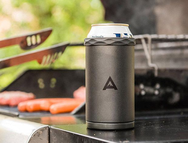 """The Artican ($20) features """"2-layers of vacuum insulated steel & an ice-filled """"cooling core"""" that screws into the bottom keeping your 12 oz. bevvies 3X colder for 3X longer—up to 3 hours in the sun actually."""" The core is filled with a """"proprietary freezing gel"""" with a high specific heat coefficient, meaning it can absorb a lot of heat before it starts to warm up, making for an effective temperature buffer."""