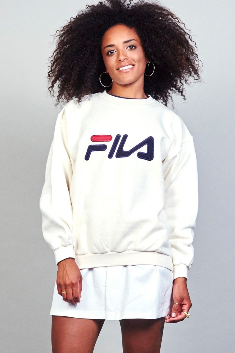 6bb2cae78a06 Vintage 80 s oversized white Fila Sweater