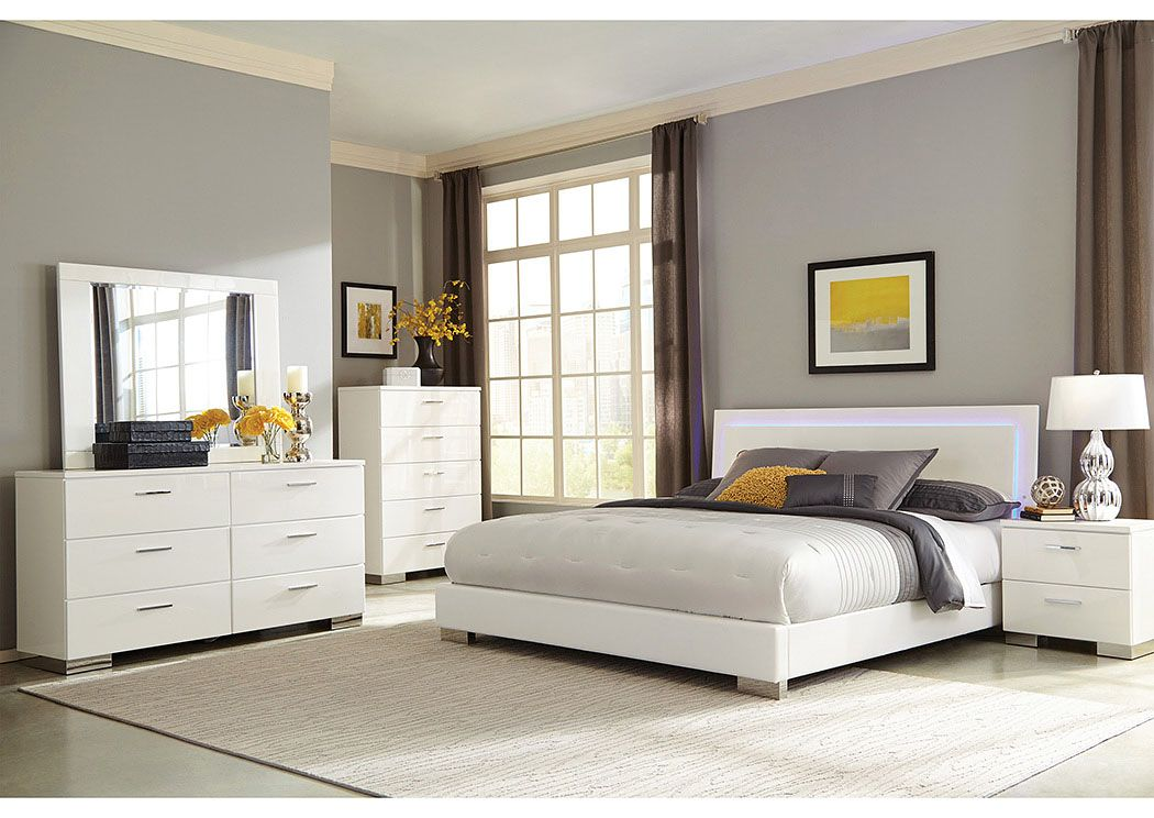 High Gloss White Queen Bed, Dresser, Mirror & Chest,Coaster ...