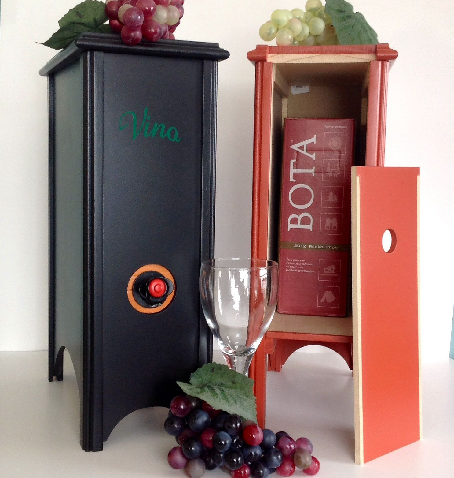 I Need This For The Wedding Boxed Wine Dispenser Get Yours At Luckydogwoodworking Etsy Com Wine Box Wine Dispenser Wine Holder