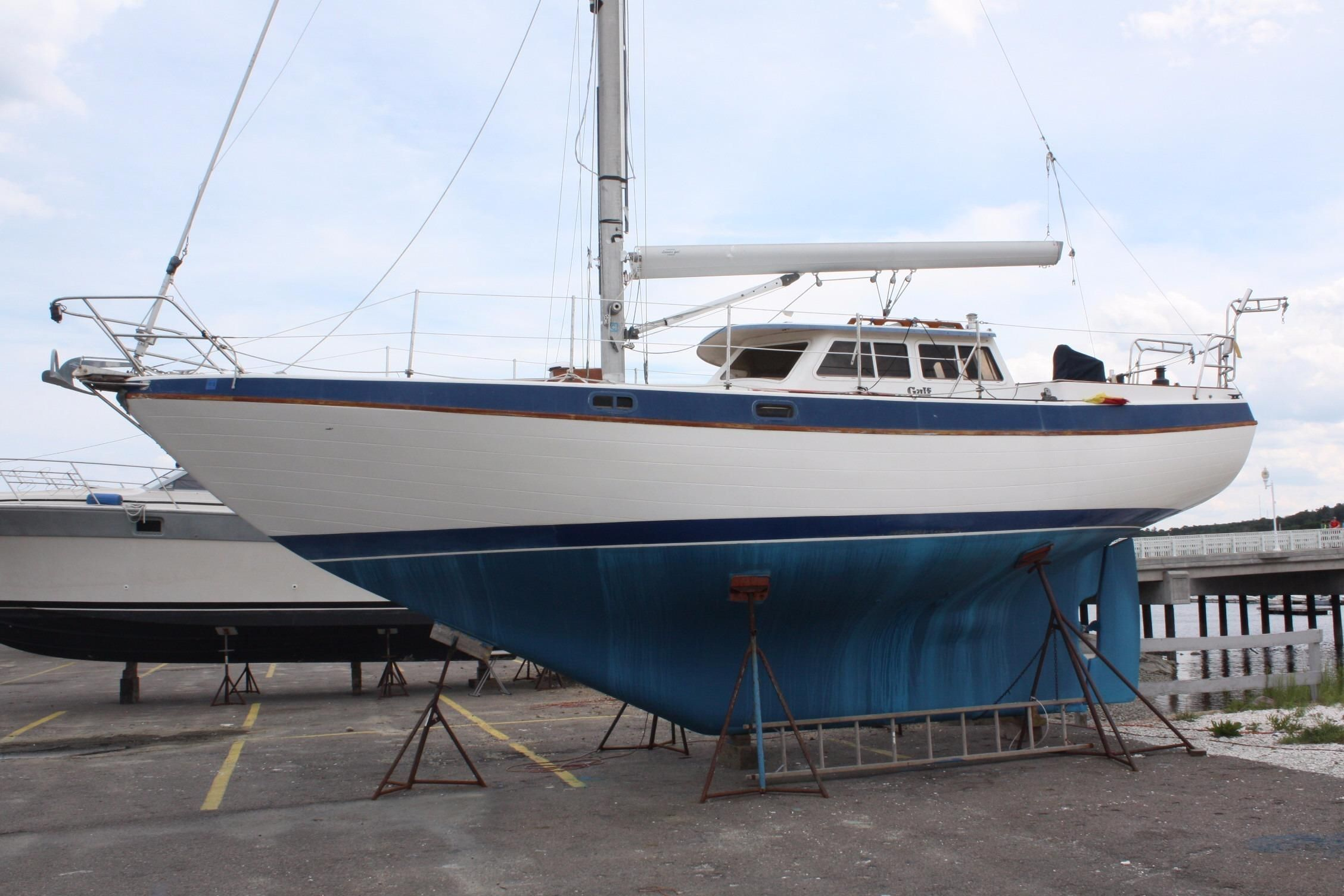 1986 Capital Gulf 32 Sail Boat For Sale - www yachtworld com