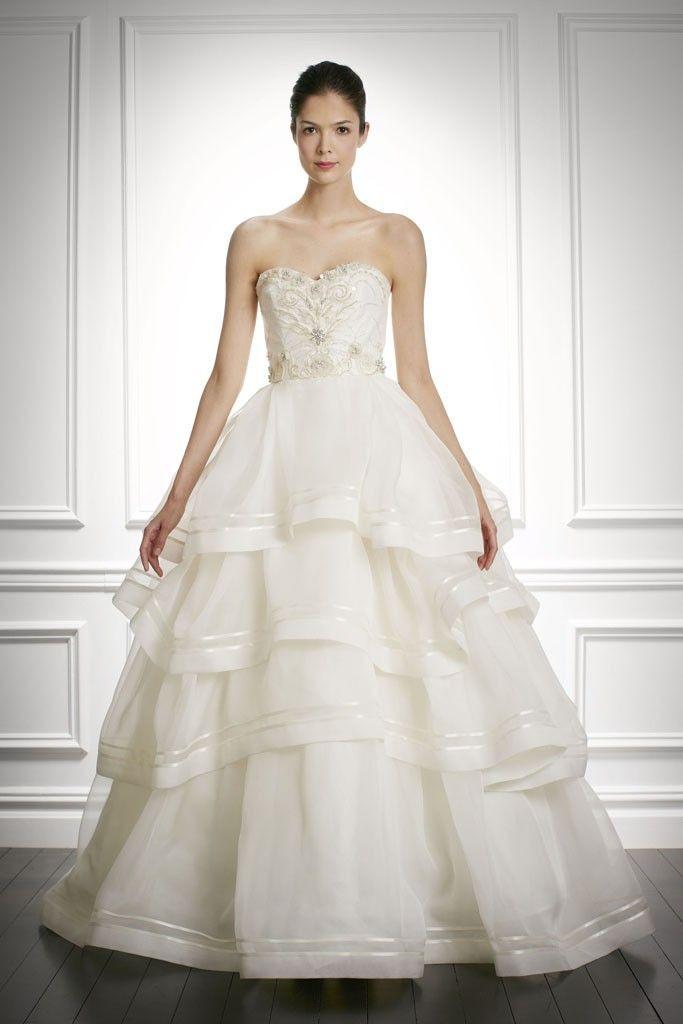 Sweet Carolina Herrera… 9 Sophisticated New Wedding Dresses from ...
