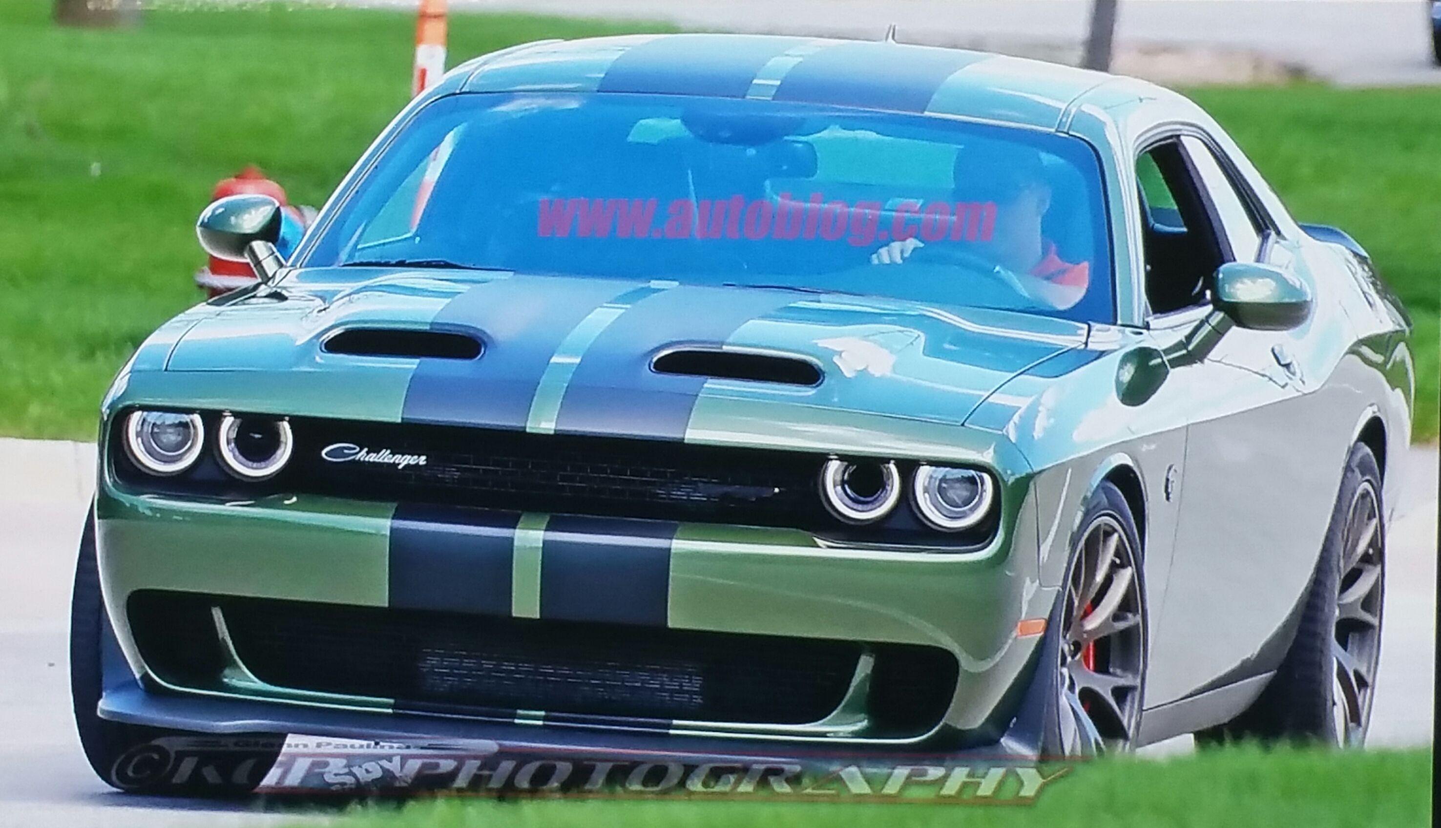 2019 Dodge Challenger Srt Hellcat Spy Shot With New Dual Scoop Hood