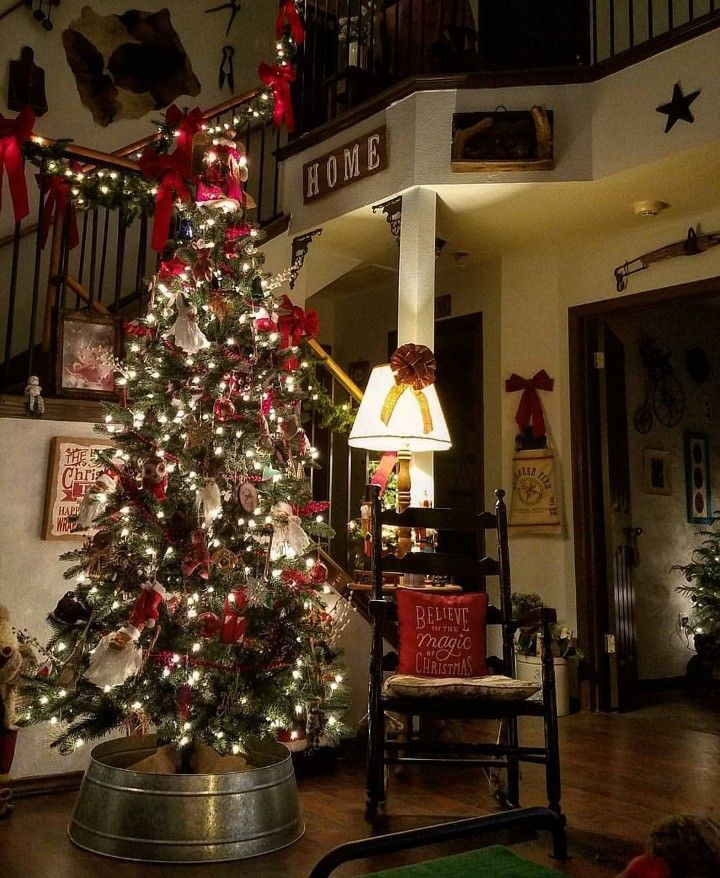tree base christmas holidays rustic christmas christmas crafts xmas trees christmas interiors homemade gifts holiday decorating stairways
