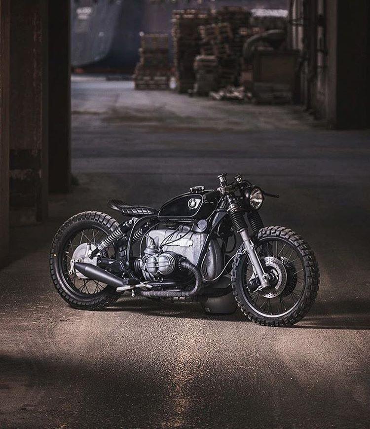 "dropmoto: "" Get low. Custom BMW R100s built by @relicmotorcycles.  @jonas.rask…"