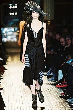 Junya Watanabe Fall 2002 Ready-to-Wear Collection Photos - Vogue