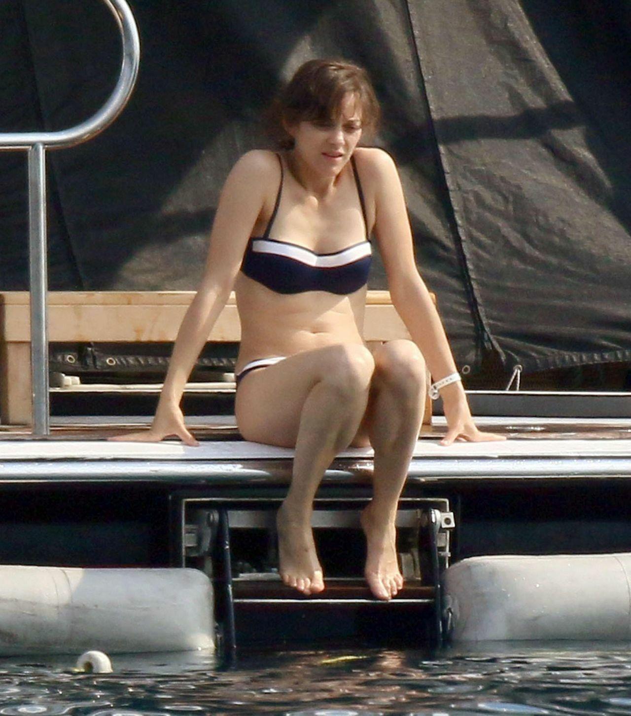Marion Cotillard In A Bikini On A Yacht In Cannes June 2014 B