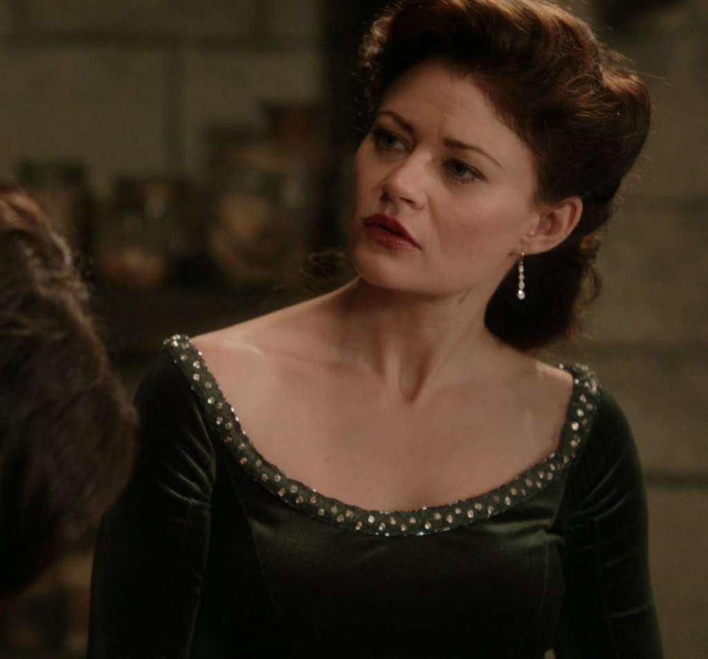 Nym: costume nerdery — Belle's Camelot gown