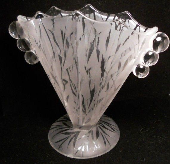 Vintage Art Deco Fenton Fan Vase Acid Etched Glass Flowers Crystal