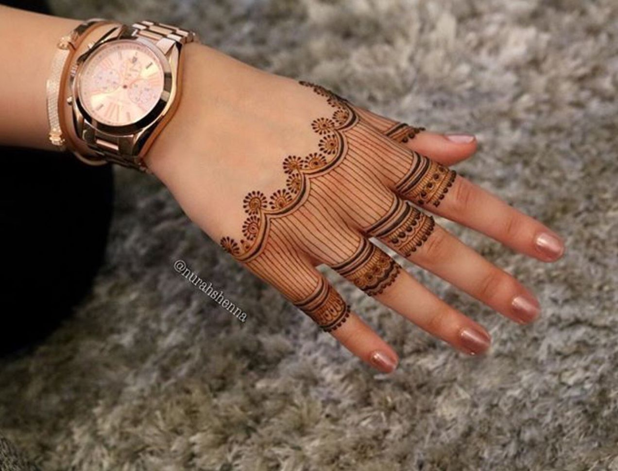 Check out this henna tattoo for hands mehndi heena pinterest