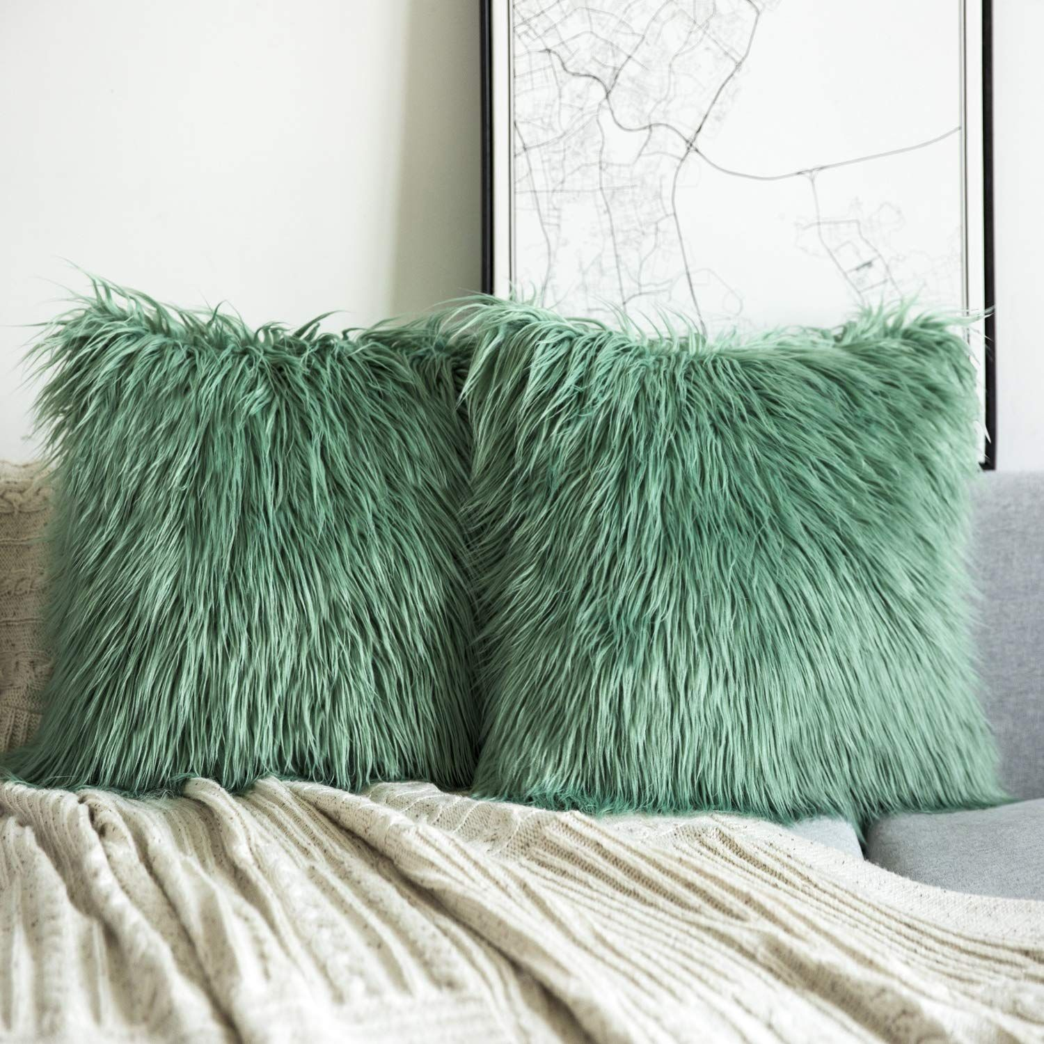 Home In 2020 Throw Pillows Green Throw Pillows Decorative