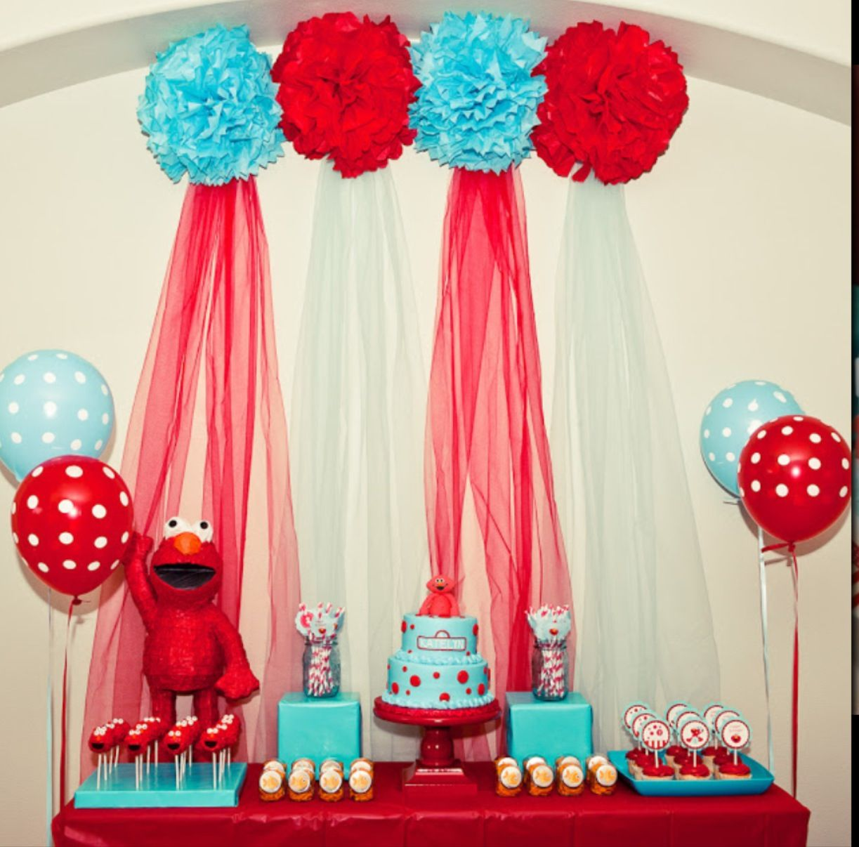Elmo display table centerpieces Pinterest Elmo Display and
