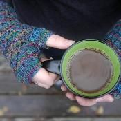 Square Route Mitts - via @Craftsy