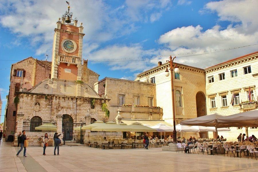 People S Square Zadar Croatia Www Zadar4fun Com Zadar Travel Guide Zadar Walking Tour Visit Croatia