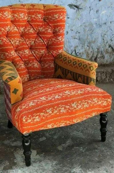 Saree chair