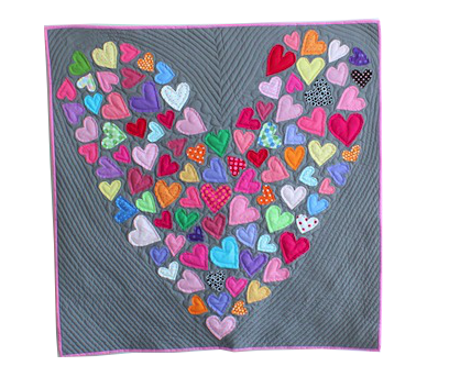 A Happy Little Heart Quilt (Pippa Patchwork)   Patchwork, Craft ... : quilts with hearts - Adamdwight.com