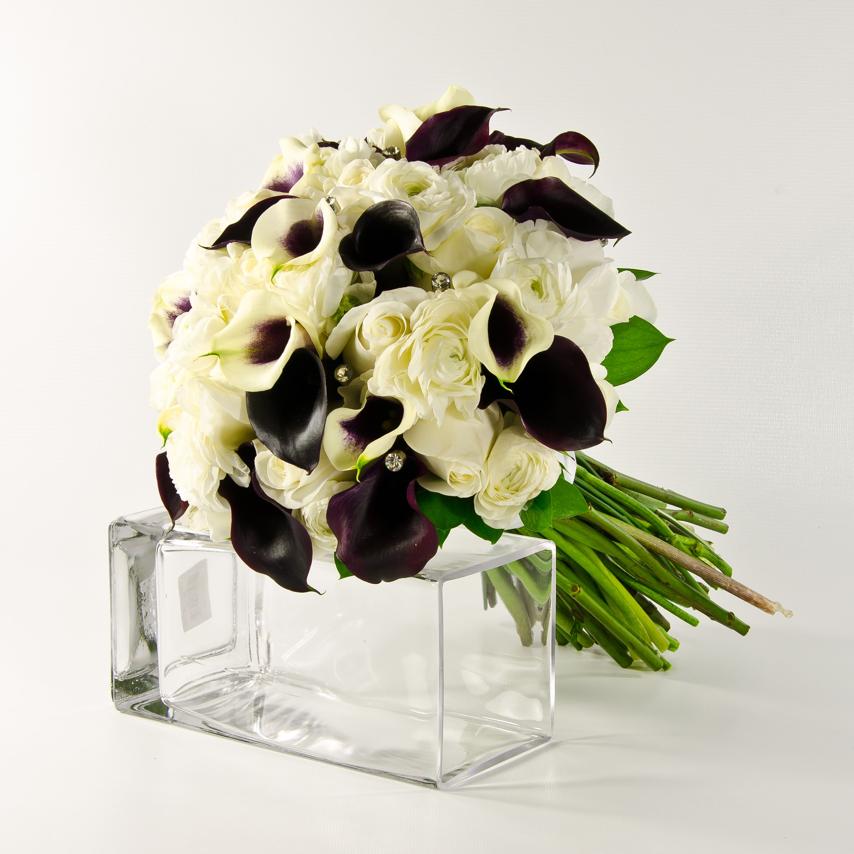 Obi Wandfarbe Mischen Amazing Updated With Farben: Purple And White Calla Lily/ Rose Bouquet
