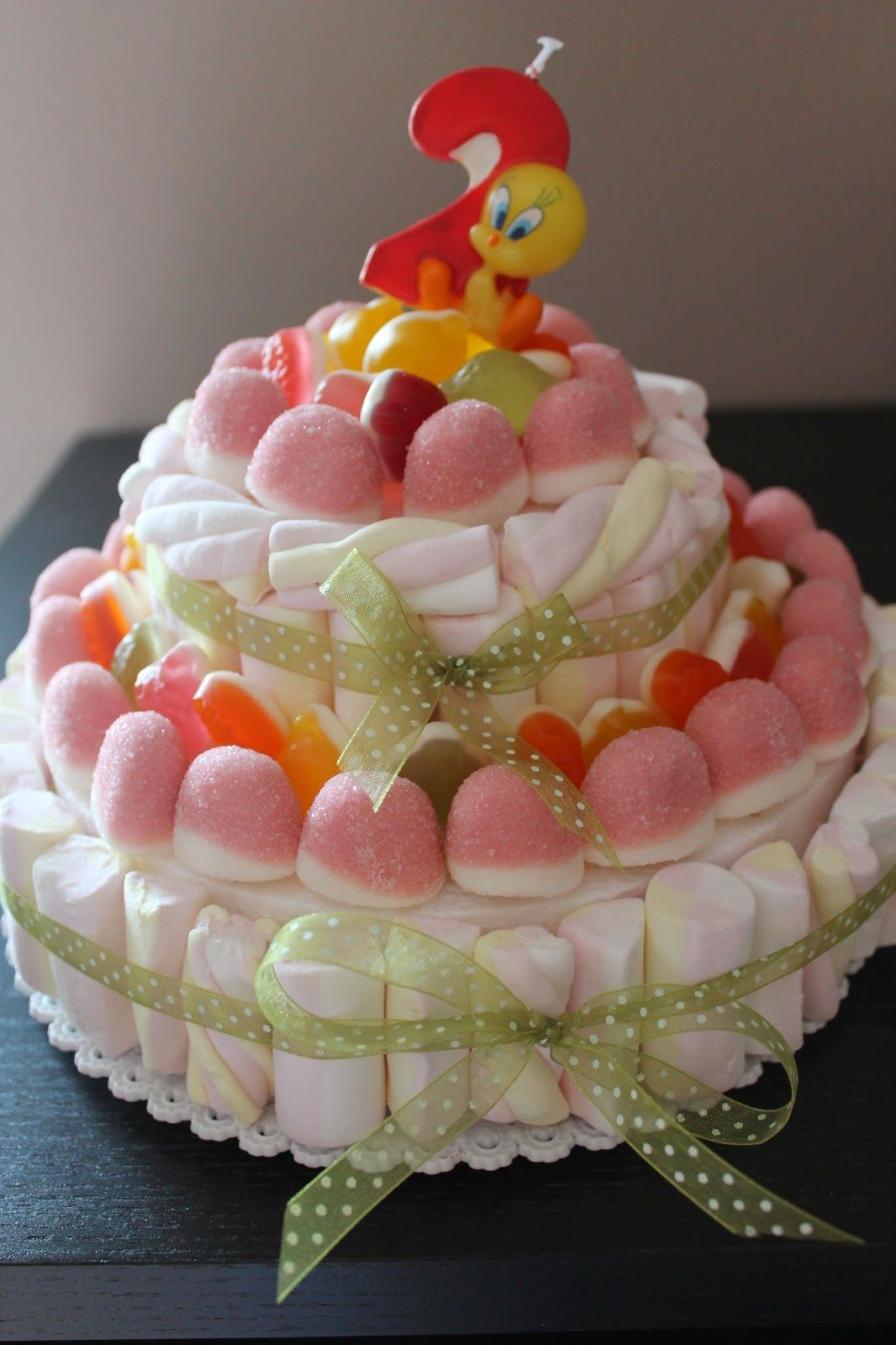 Super MANI DI LARA - Torta in marshmallow - YouTube | Party Ideas  UI36